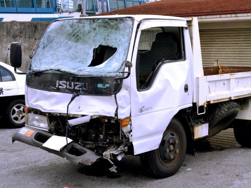飲酒運転、信号無視、公務外・・・米兵が車両衝突、61歳の会社員男性が死亡