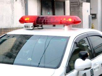バイク集団にイラッ 車で激突 沖縄・恩納村 39歳男逮捕