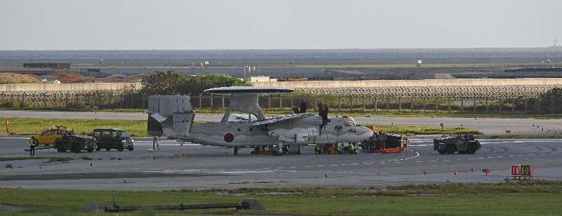那覇空港の滑走路閉鎖 自衛隊機パンクで嘉手納基地に着陸する民間機も