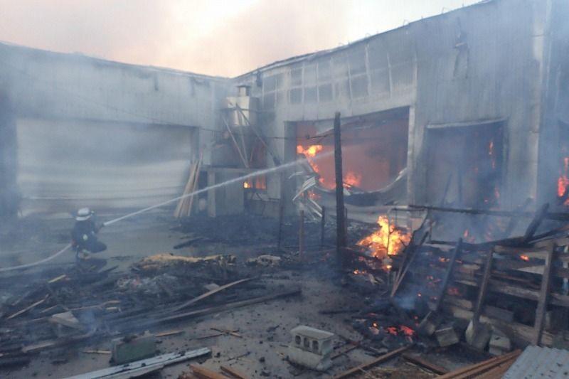 木工所の工場部分が全焼 沖縄・糸満市 人的被害なし