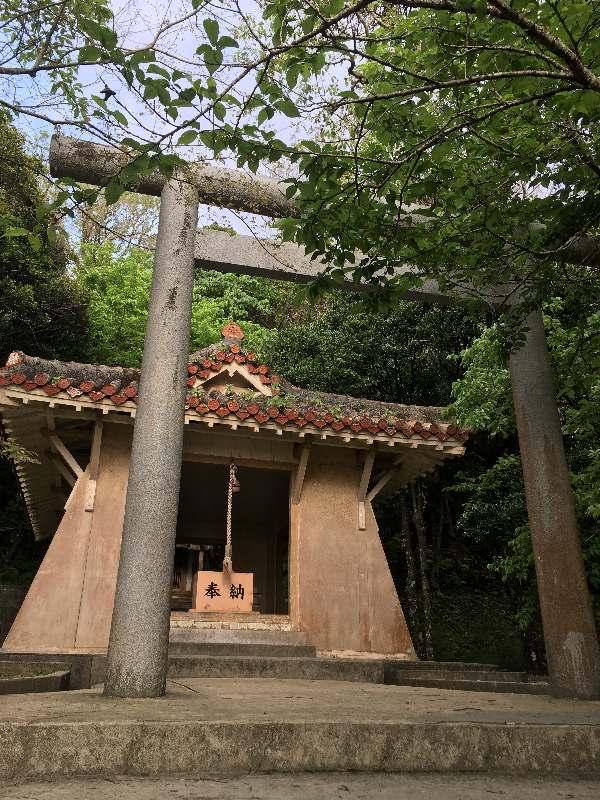 二重ロック、溶接もしたのに…さい銭箱の窃盗被害 沖縄・名護神社 「さい銭が施錠代に」