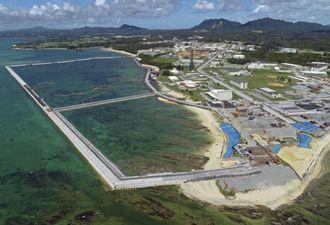 (資料写真)辺野古沿岸部で囲い込みが完了した海域=8月(小型無人機から)