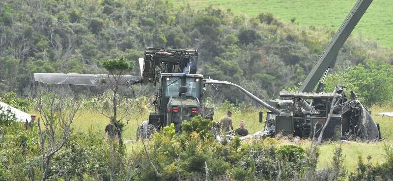 日本側の捜査認めないまま… 米軍、炎上したヘリの搬出開始 沖縄・東村高江